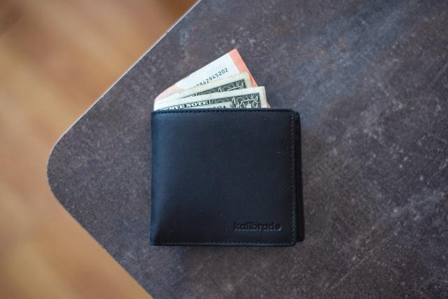 portofel-negru